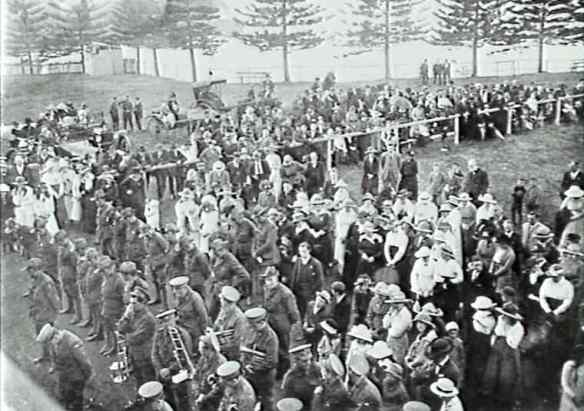 18 August, 1918. Open air service at the Kiama Showground.
