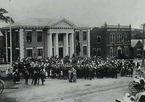 """South Coast """"March to Freedom"""". 17 August, 1918. In front of the Kiama Council Chambers."""